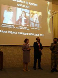 Akar'a En Başarılı İş Kadını ödülü