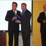 Genç İşadamları Derneği 2009 da yılın Radyosu olarak GÜN FM i seçti.Ödülü İsmail Akar Gazeteci Metin Özkan dan aldı
