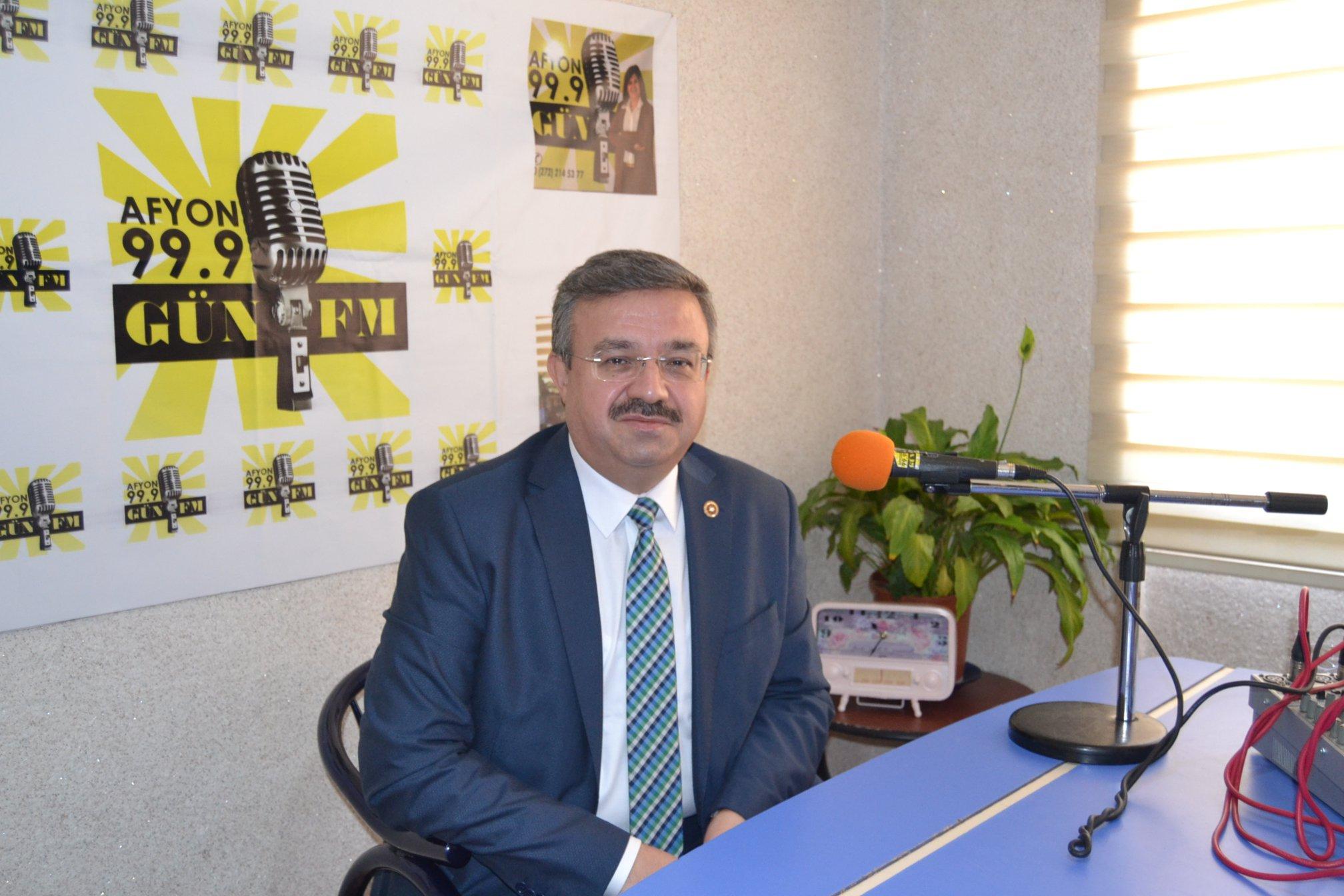 Yurdunuseven Gün FM'in konuğu oldu