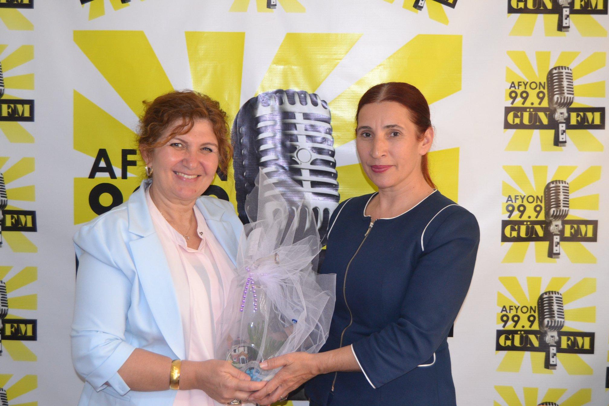 Burcu'dan Radyo Günü kutlaması
