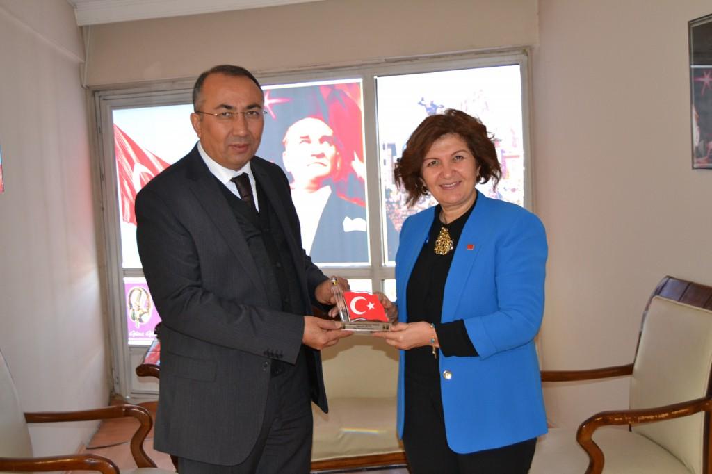 Emniyet Müdürü Şen'den Gün FM'e ziyaret