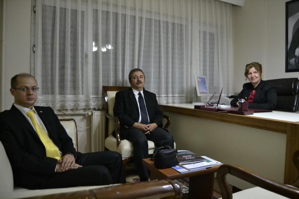 Kızılay yetkilileri Gün FM'de
